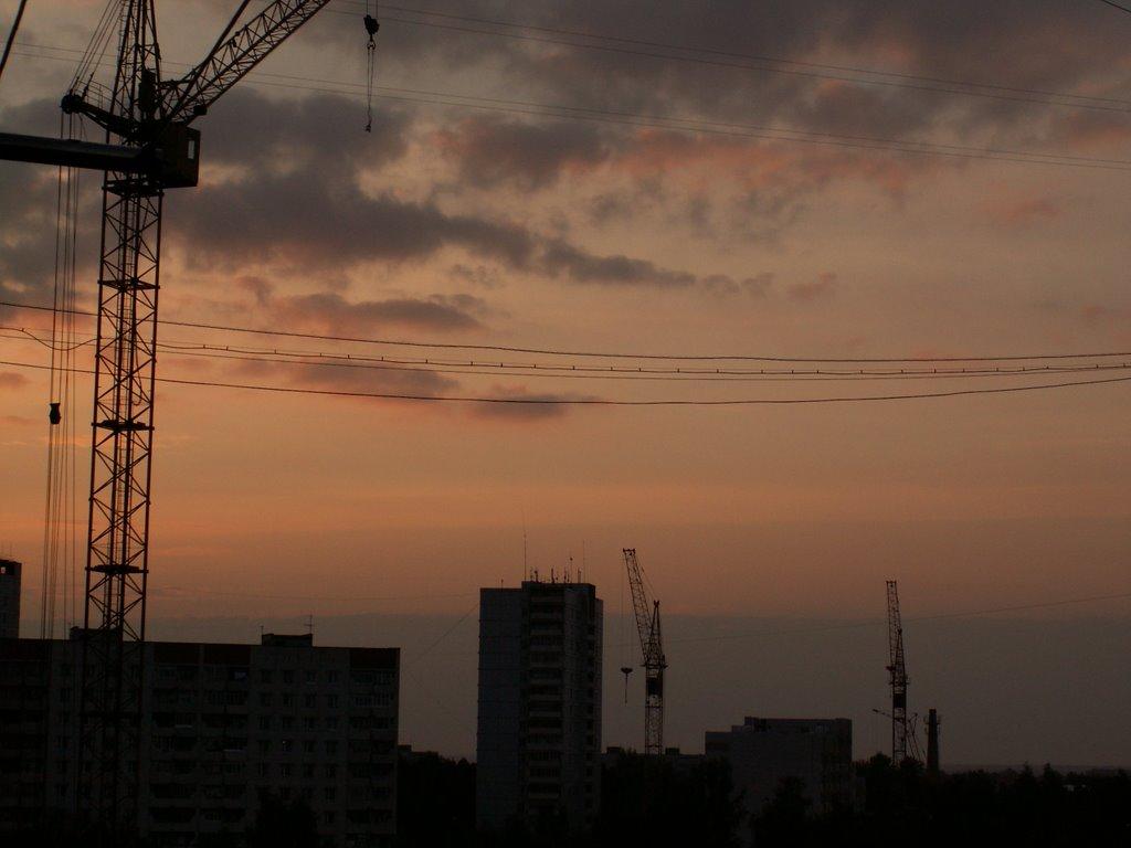 building cranes, Ковров