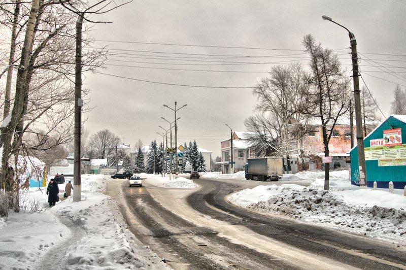 Въезд в Собинку (Sobinkas gates), Собинка