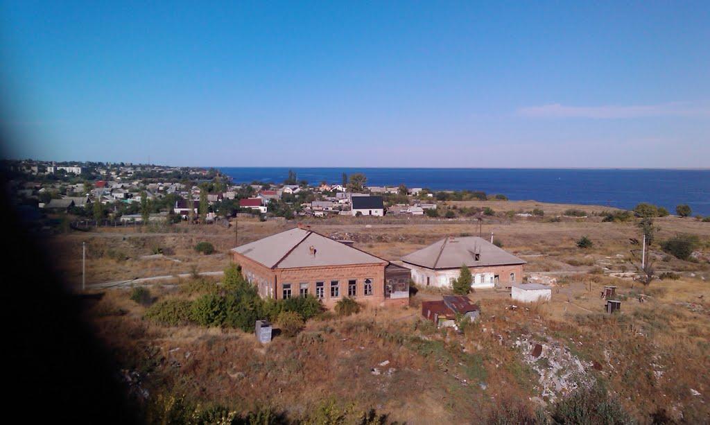 Красные дома, Дубовка