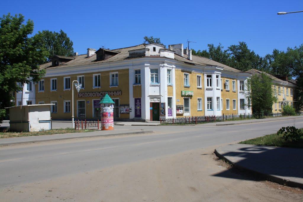 """""""Десятый"""" магазин 2009г., Жирновск"""