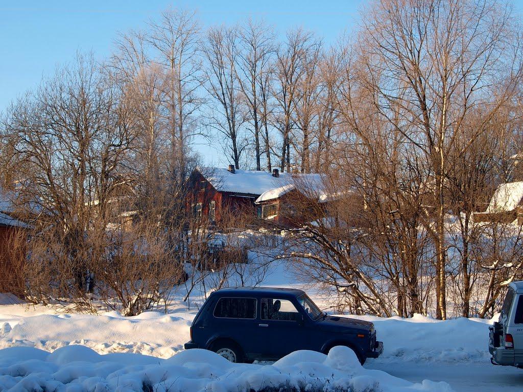 Хижина на горушке напротив Сбербанка, Пудож