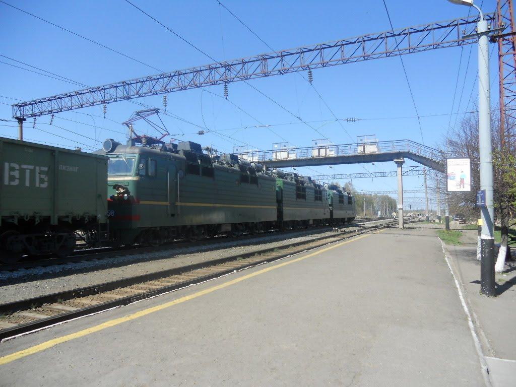 Электровоз переменного тока ВЛ80С(СМЕ) на станции Фаленки, Фаленки