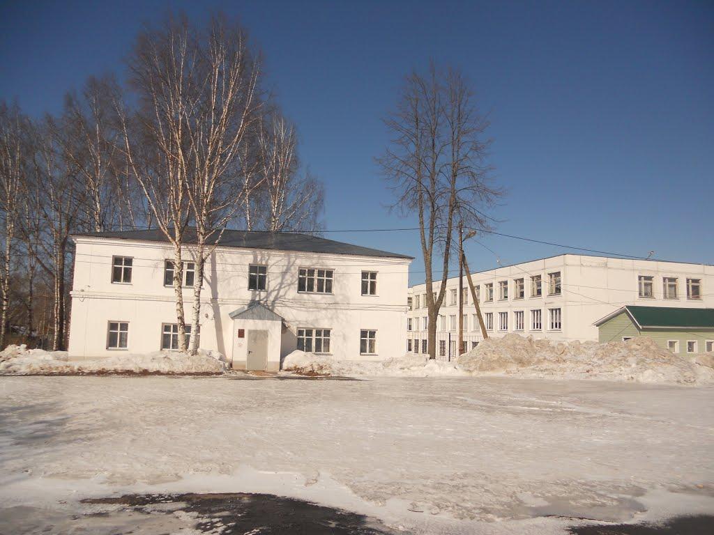 Библиотека, Юрья