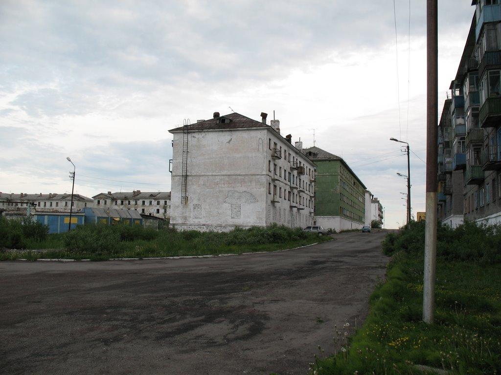 п.Заполярный, ул.Красных зорь (июль 2008), Заполярный