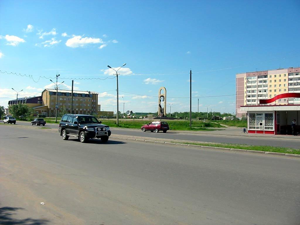 Нефтяников, Усинск