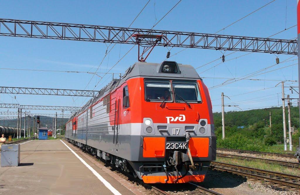 2ЭС4К-117+080 для пассажирского поезда - СМЕ или перегоняют?, Горячий Ключ
