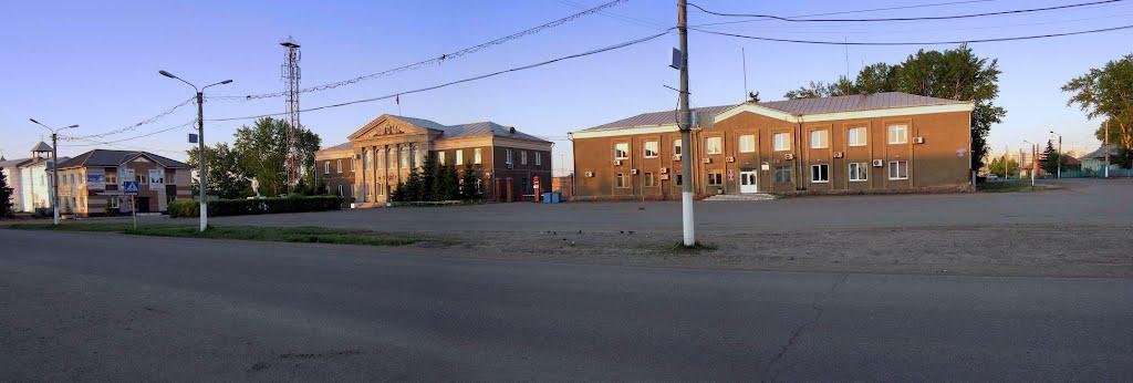 В центре Емельяново., Емельяново