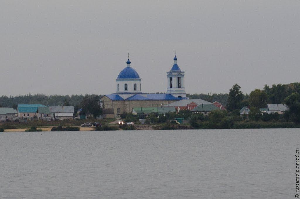 Казинка. Церковь Космы и Дамиана, Казинка