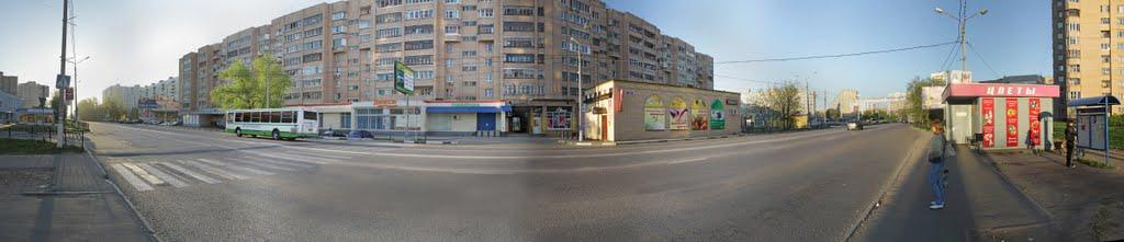 Фрязино. Утро на проспекте  Мира. Чижово. Панорама. 2011.05.12, Фрязино