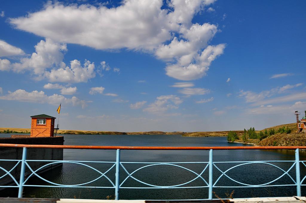 Ириклинское водохранилище.Вид с дамбы, Ириклинский
