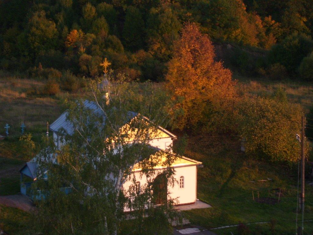 храм ик. Б.М. Живоносный Источник (осень,вечер,вид с колокольни), Вадинск