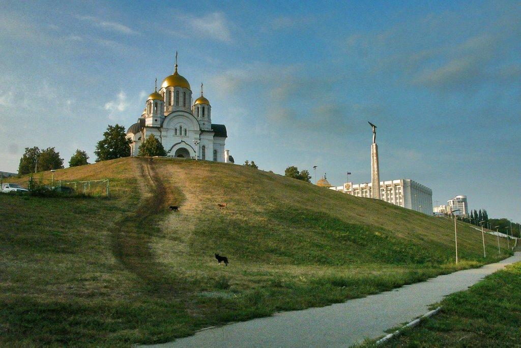Храм Георгия Победоносца и площадь Славы, Самара