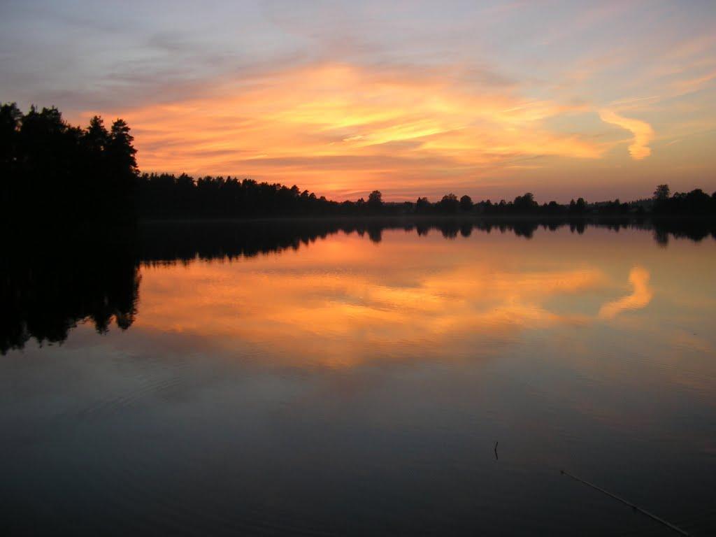 Закат на Зеленом озере, Будогощь