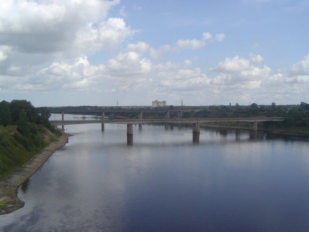 Brücke über Volkhov-Fluss, Волхов