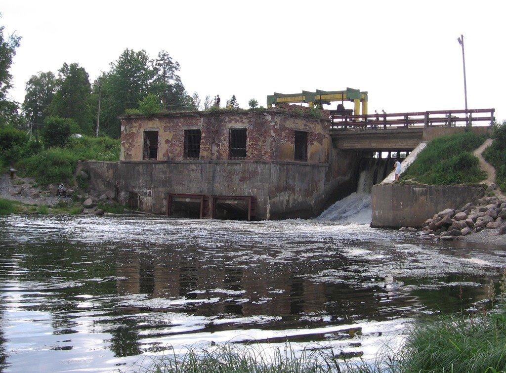 Плотина ГЭС на реке Оредеж, Вырица