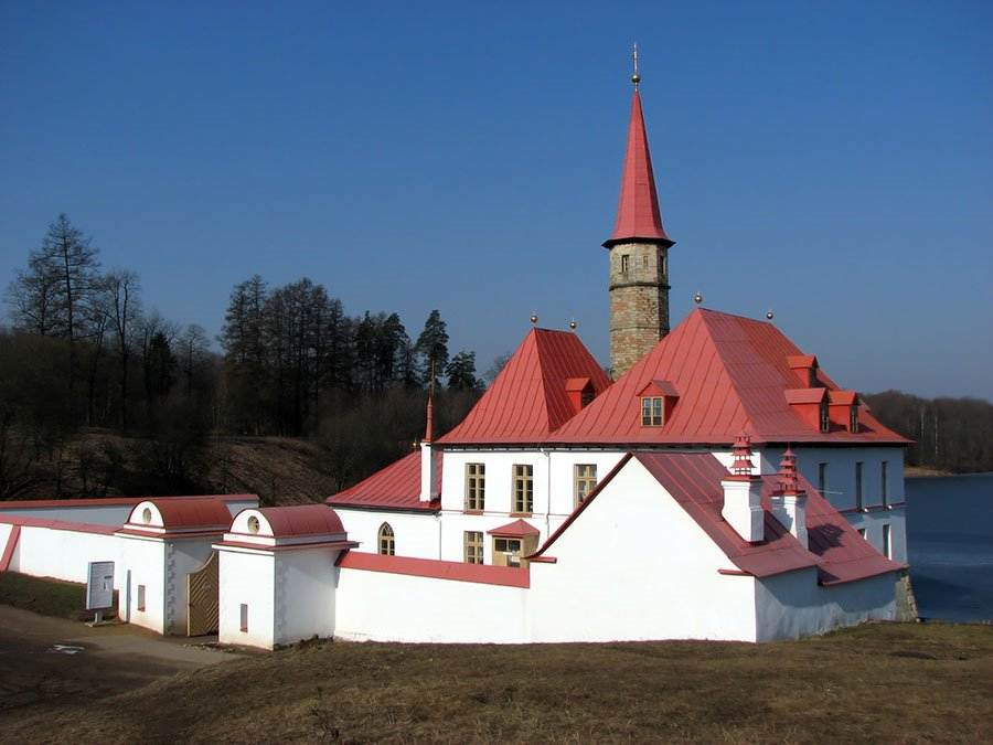 Gatchina. A Prioratsky palace., Гатчина