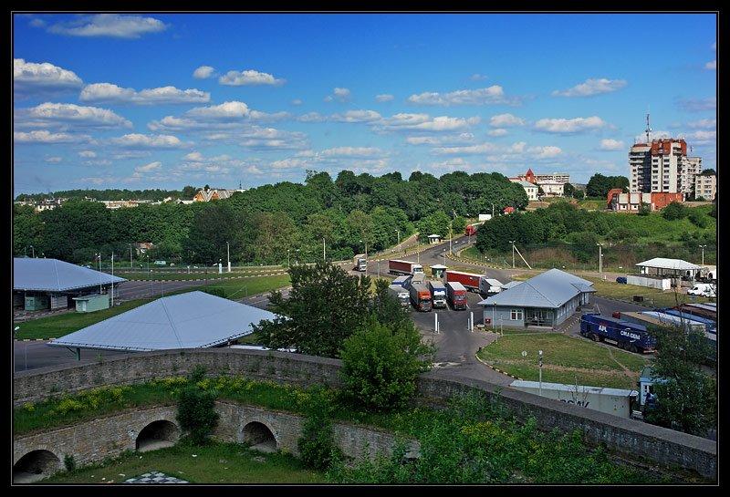 Вид со стены на Ивангород, Ивангород