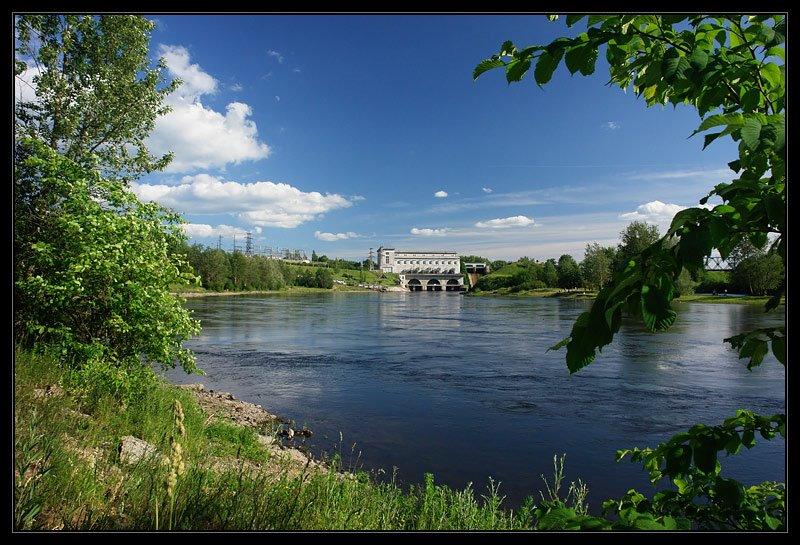 Нарвская ГЭС, Ивангород
