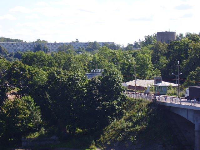 Estonian-Russian border in Narva, Ивангород