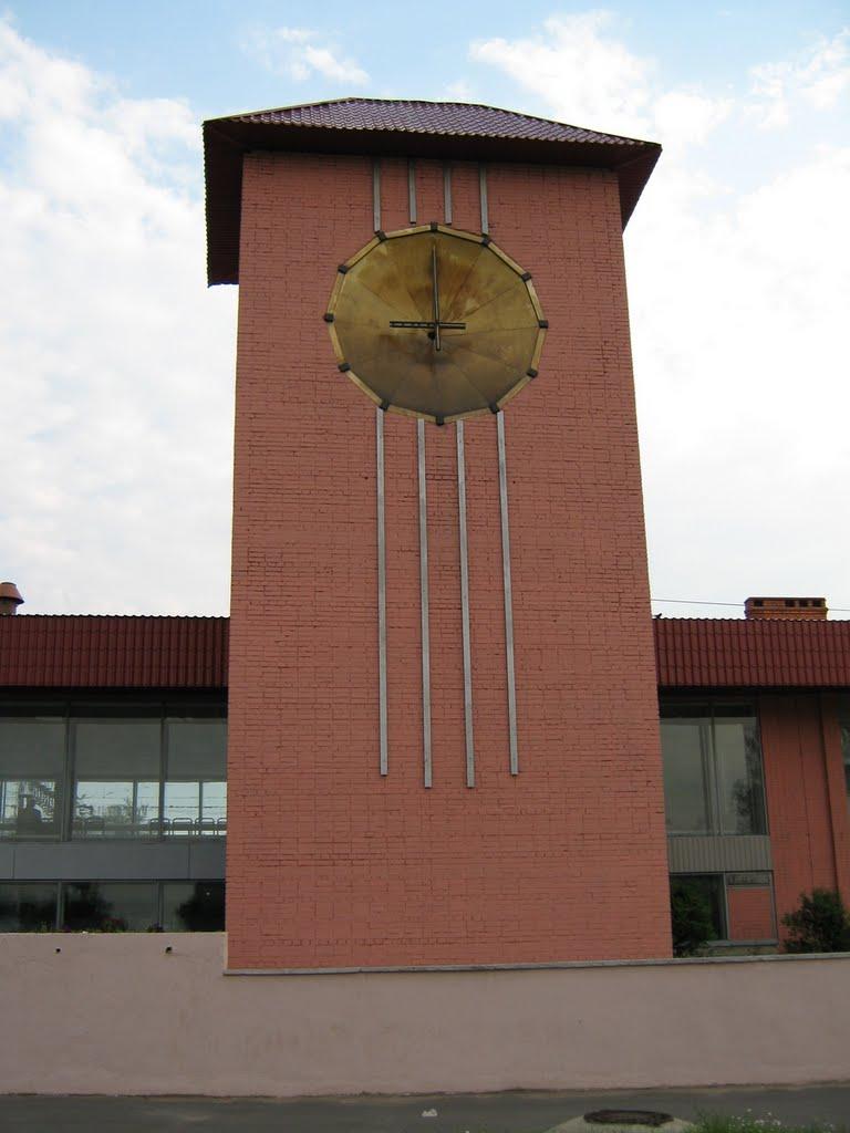 Часовая башня на вокзале Лодейного поля, Лодейное Поле