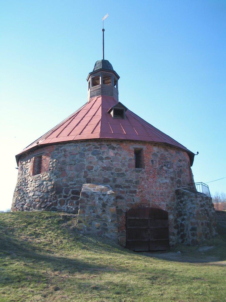 """Крепость """"Карела"""" - детинец башня Тостерссона, Приозерск"""
