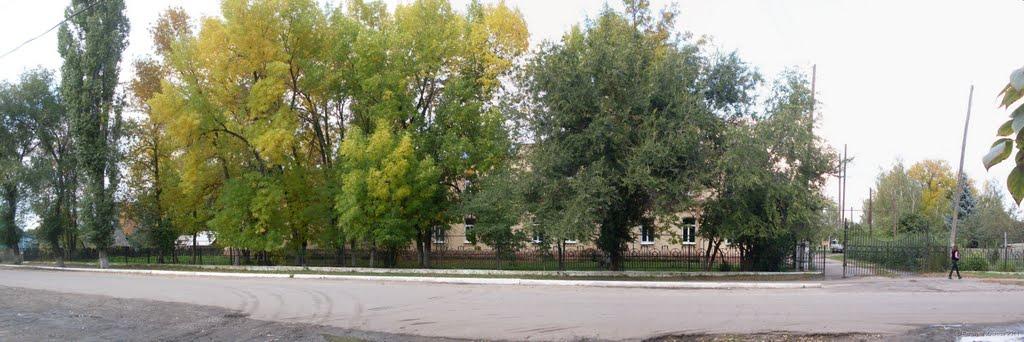 Вид на Аркадакскую ЦРБ, Аркадак