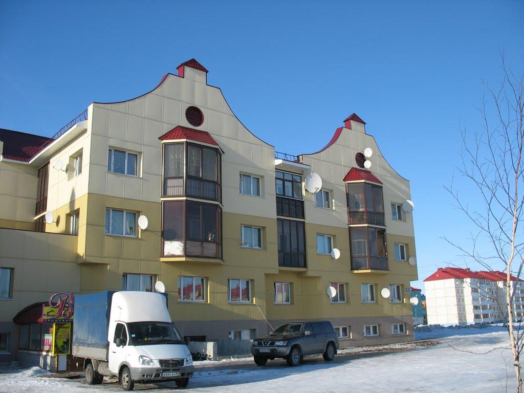 Жилой дом 12-й микрорайон дом 46, Губкинский