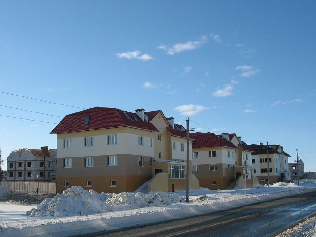 Новые дома построенные в 13-ом микрорайоне, Губкинский