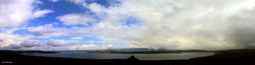 Panorama of Lake Hindiktig-Hol, Тээли