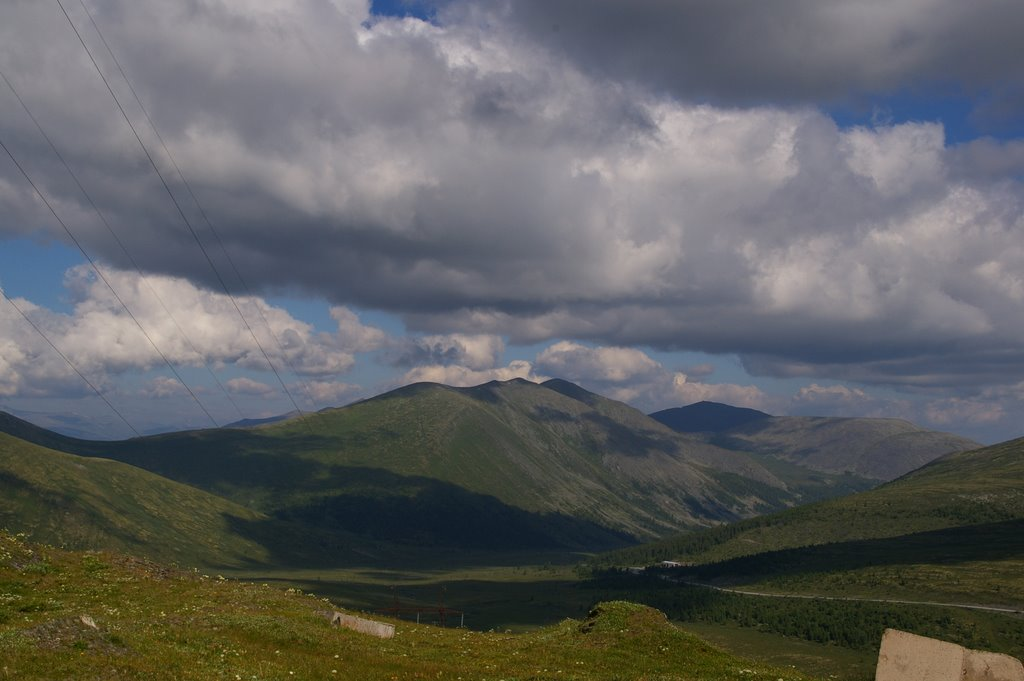 Перевал (2206 м. над уровнем моря), Тээли