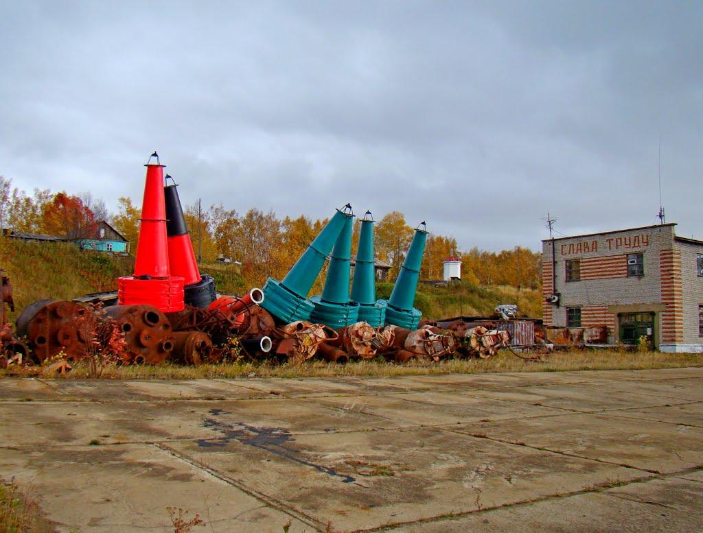 Буи на зимнем хранении, Николаевск-на-Амуре