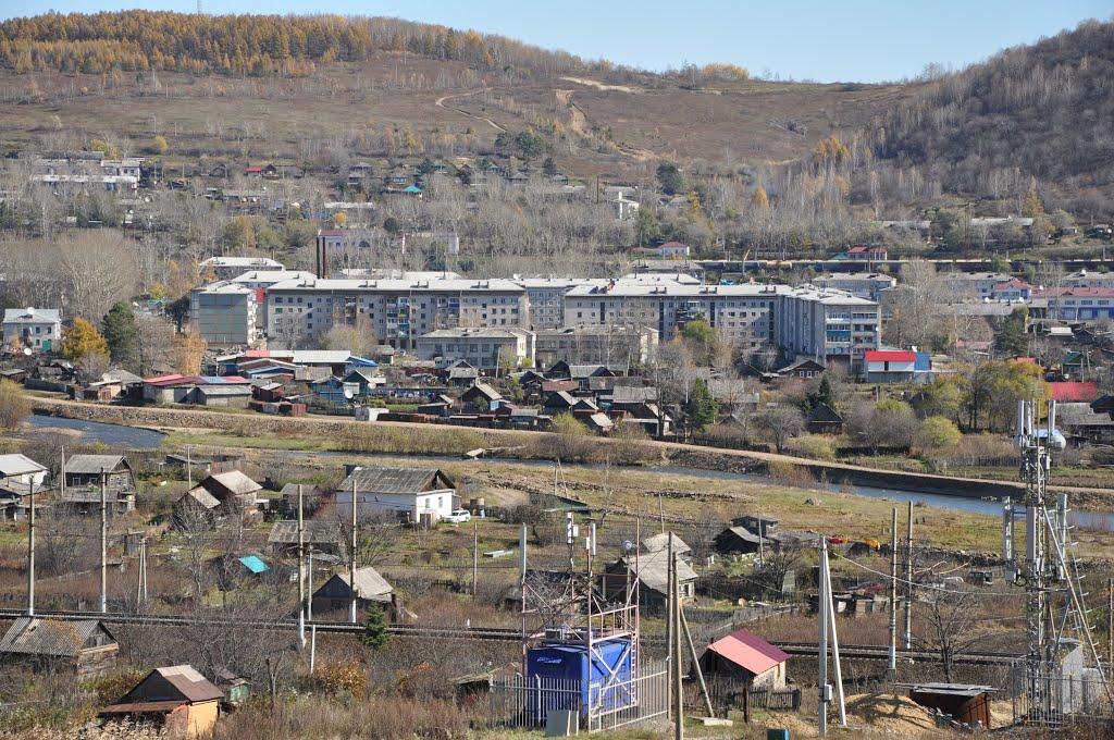 Obluchye (2012-10) - View to apartment block area, Облучье