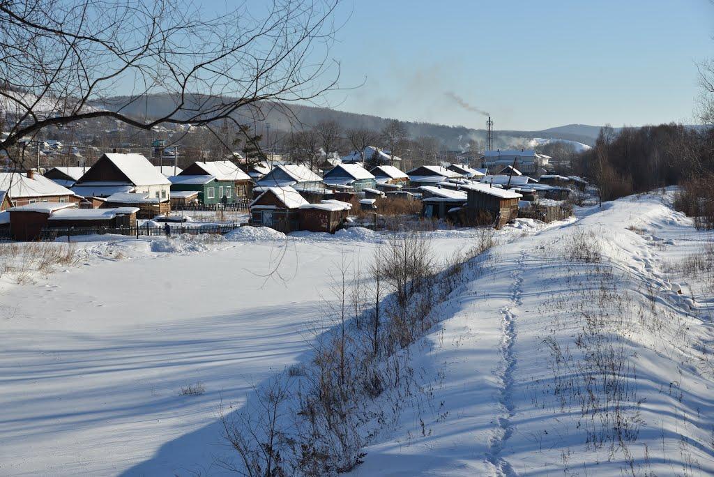 Obluchye (2013-02) - Flood protection (dam) along river, Облучье