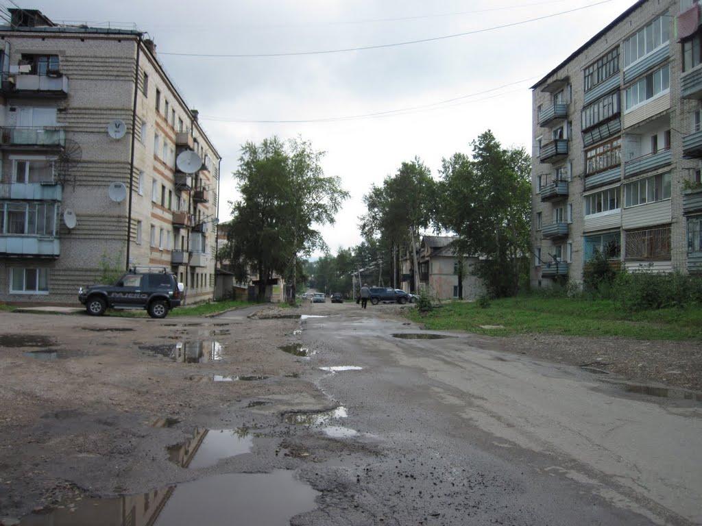 Вид на ул. Пионерская, Чегдомын