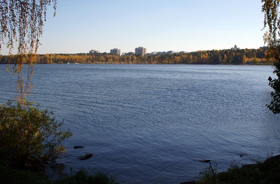 Вид на озеро Синара, город / View at the lake Sinara and the town (03/10/2007), Снежинск