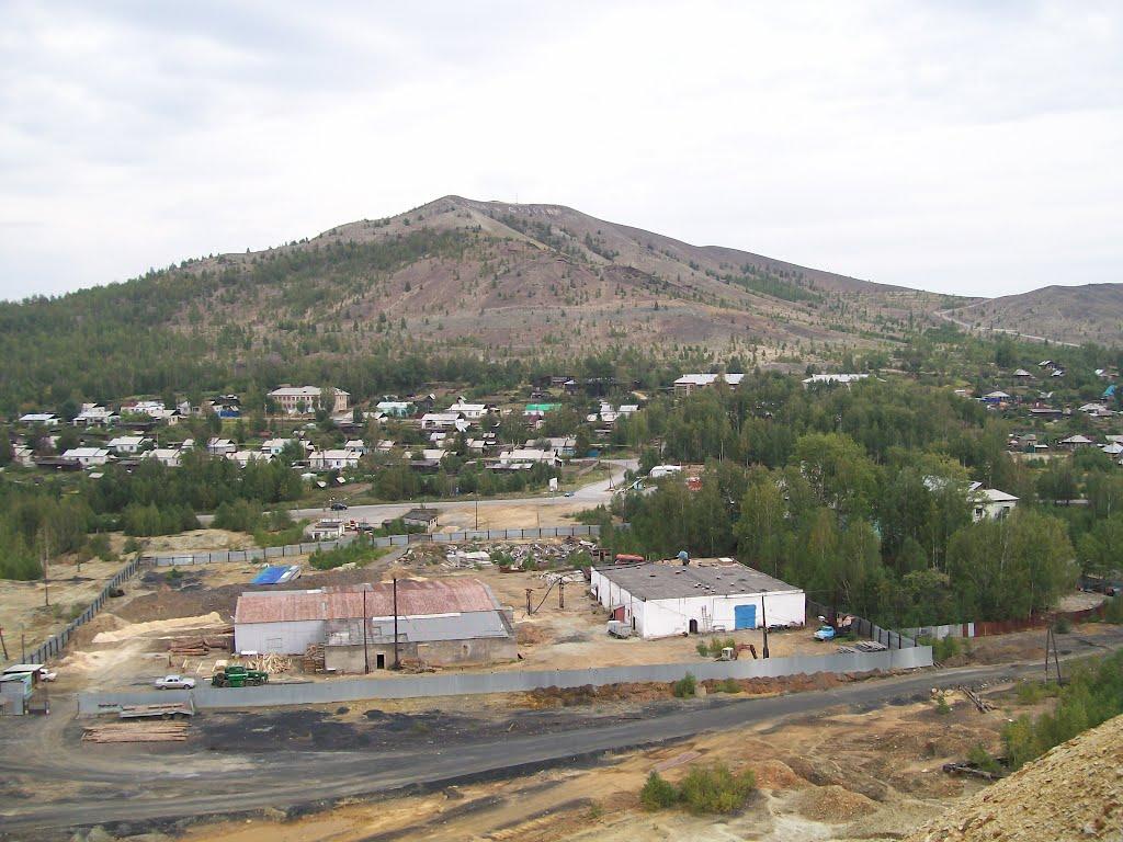 Вид с террикона на восток / On top the slagheap. Look to the east, Карабаш