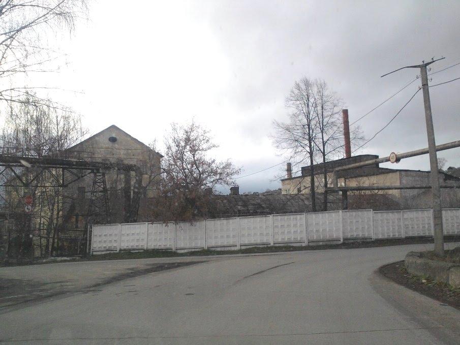 Дорога около ЛМЗ, Катав-Ивановск