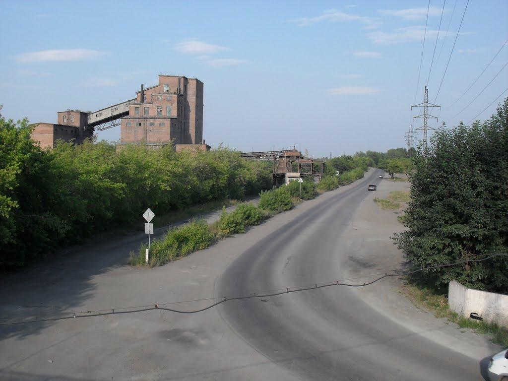 дорога у моста, Коркино