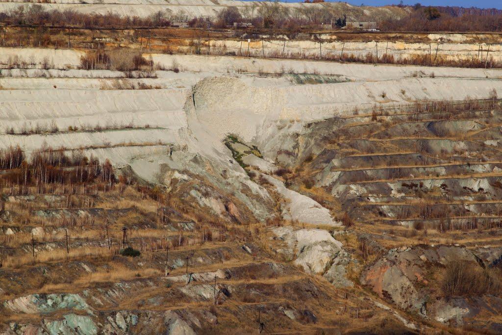 Песчаная осыпь на разрезе 2010г!, Коркино