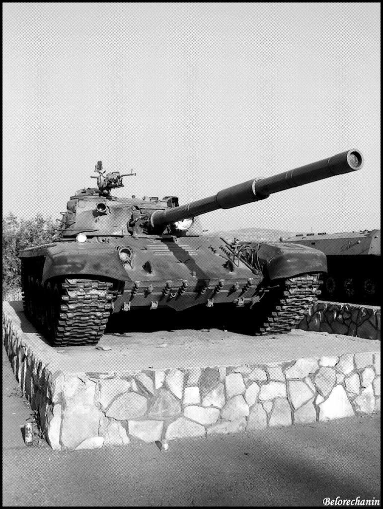 Памятник танку Т-72, Магнитогорск
