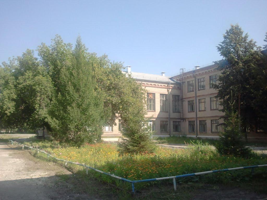 Школа № 3  (13,08,2011), Южно-Уральск