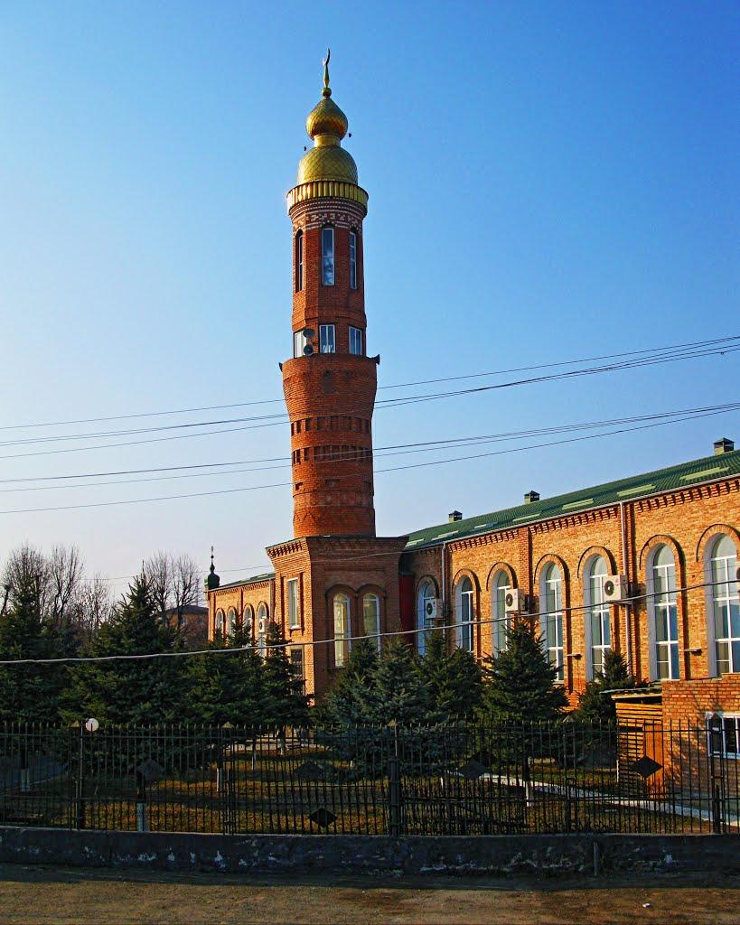minaret of the main mosque in Nazran, Назрань