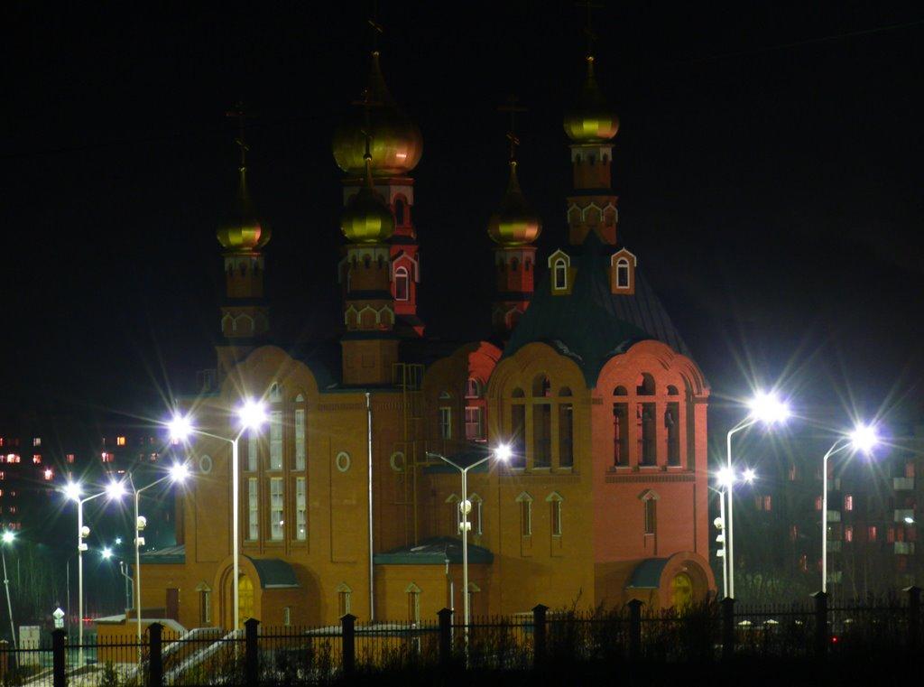 Церковь ночью, Краснокаменск
