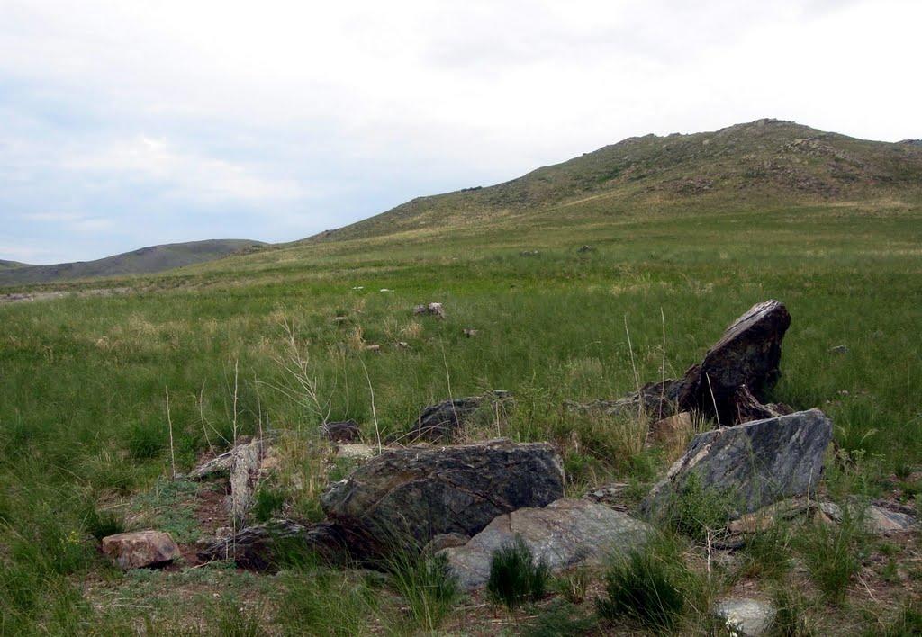 Плиточная могила, Нижний Часучей