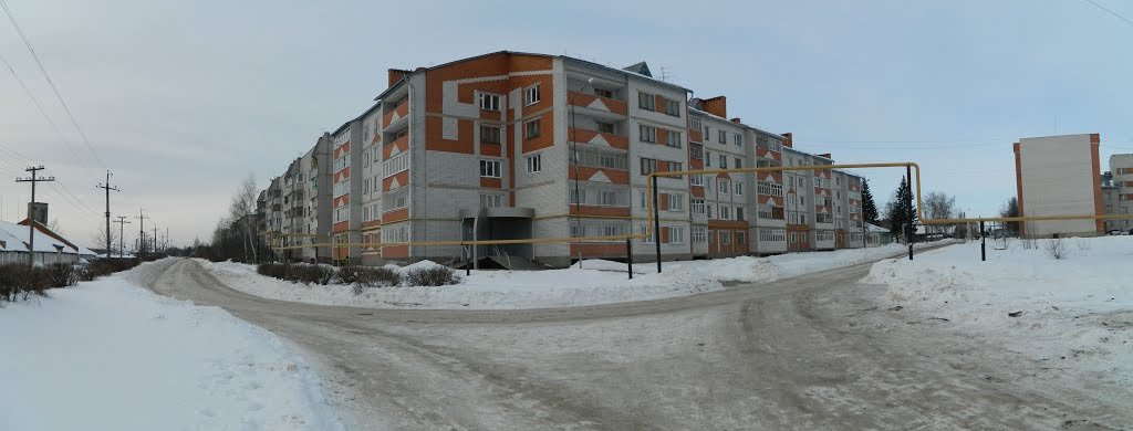 Перекресток ул. А. Иванова и ул. Ж. Илюкина, Вурнары