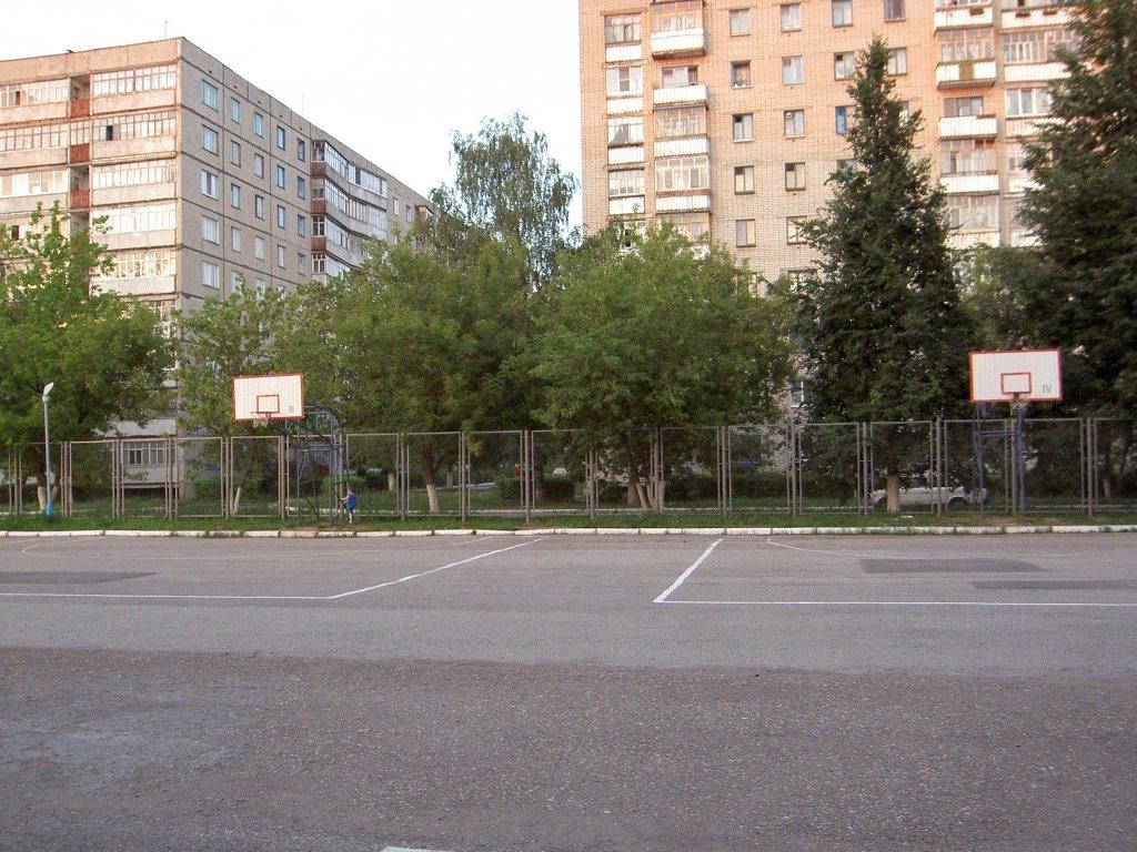 спорт-площадка, Новочебоксарск