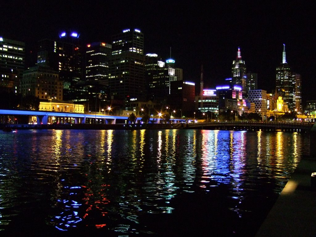KOS_Yarra by night, Мельбурн
