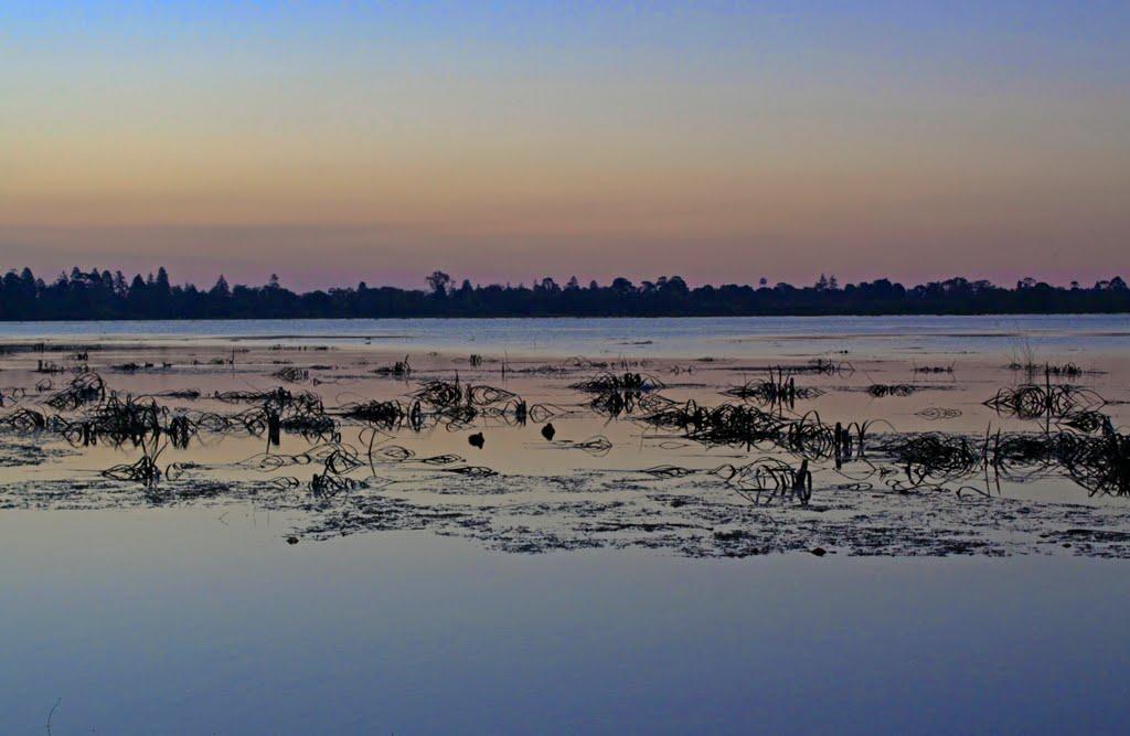 Twilight Wendouree Lake in Ballarat, Балларат