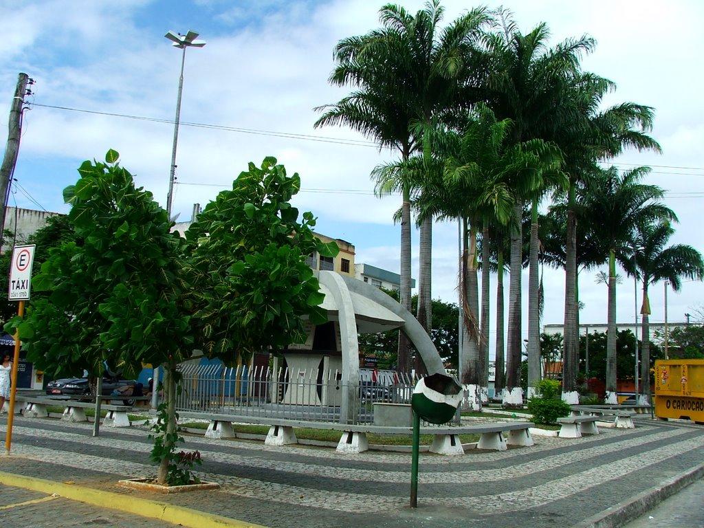 Praça da Biblia - Itapetinga, Итапетинга