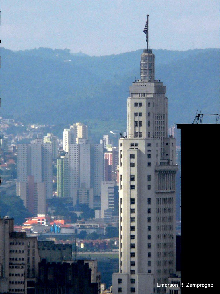 Prédio do Banespa visto do SESC Paulista [ Altino Arantes building - 161 m (528 ft) high ] ezamprogno, Сан-Бернардо-ду-Кампу
